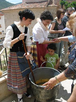 Patrimonio etnológico e identidad: encuentro entre generaciones